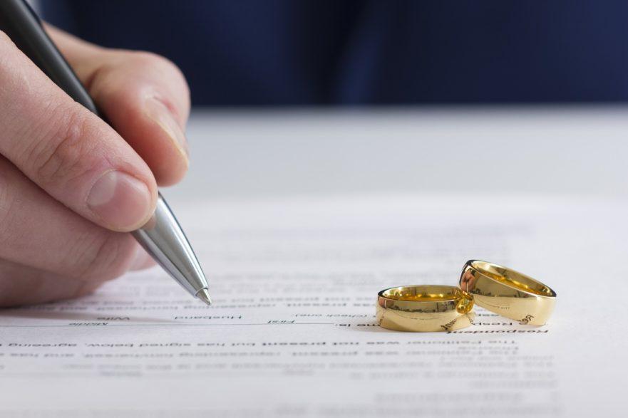 Best Divorce Attorney